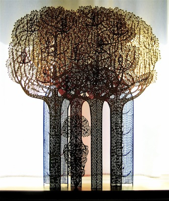 The lore of passage, year: 2013, size: 115x15x5cm (basis) 120x100x10cm (paper cut), material: paper sculptur (free standing), paper cut, water colours - gold on paper - wood - glue, photographer: private